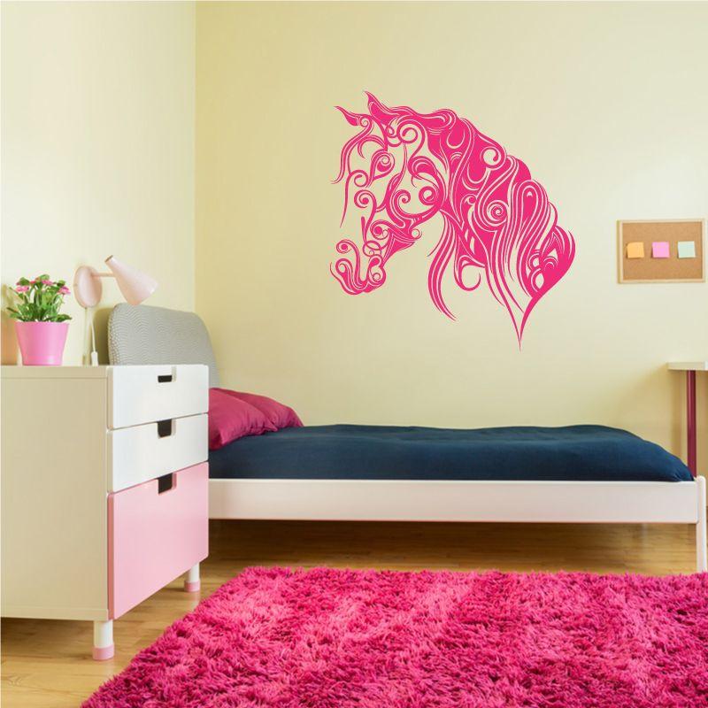sticker mural t te de cheval en volutes et arabesques d comotif. Black Bedroom Furniture Sets. Home Design Ideas